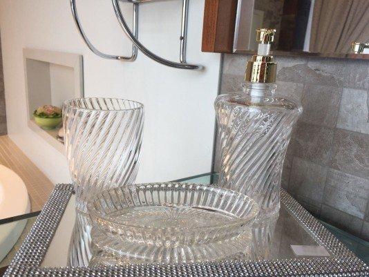 Kit Saboneteira em Vidro para Banheiro