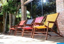 Espreguiçadeira reclinavel para piscina overclass Vv medindo 1,15 Comprimento x 0,51 largura x 0,43 Altura