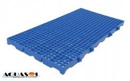 Estrado para vestiário na cor azul medindo 50 x 25 x 2 CM valor por peça