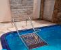 Escada de saída de animais em aço inox para piscinas